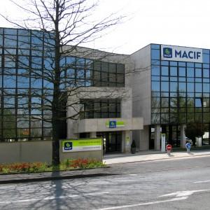 MACIF, 35 boulevard Jean-Moulin et 13 rue Thiers, à Niort. Mutuelle créée pour les commerçants et les industriels en 1960.